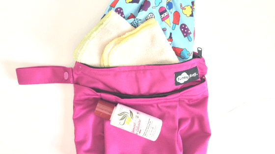 SPOTS REUSABLE MULTIUSE WET BAG FOR CLOTH NAPPY//DIAPER SWIMMERS ECONOMICAL SAVE
