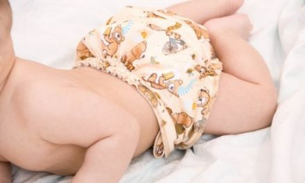7 Best Newborn All In One (AIO) Cloth Diapers To Buy (2020)
